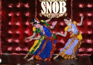 bollywood, bollywood dancer, bollywood dance, Апсара, шоу-балет, индийская вечеринка, индийские танцы на праздник, индийское шоу, танец на праздник, артисты на праздник, восточные танцы, восточный танец на праздник, танец живота на праздник