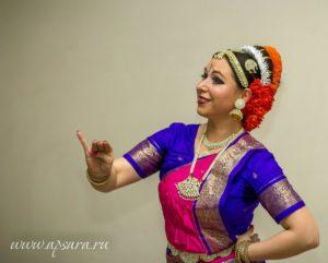 индийские танцы, обучение, Петербург, индийский танец на праздник, Апсара, Елена Тарасова, танцы заказать, заказать танец на день рождения, заказать танец на свадьбу, где заказать танец, танцы заказать питер, заказать танец на юбилей, танцы на праздник заказать, заказать восточный танец , восточные танцы заказать выступление, танец цена, купить танец, танцевать девушка, заказ танец, свадьба танец, живот танец