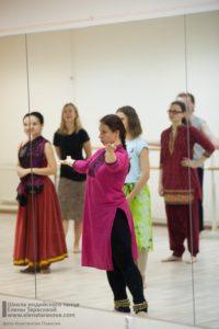 танцы днем, дневные группы, занятия днем, индийские танцы в Петербурге, научиться индийским танцам, обучение индийским танцам в Петербурге, студия индийского танца, школа индийских танцев, научиться индийским танцам, школа танца Елены Тарасовой, видеопособие по индийским танцам