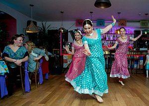 индийские танцы, индийское шоу, индия в питере, индия в петербурге, Петербург, индийский танец на праздник, Апсара, танцы заказать, заказать танец на день рождения, заказать танец на свадьбу, где заказать танец, танцы заказать питер, заказать танец на юбилей, танцы на праздник заказать, заказать восточный танец , восточные танцы заказать выступление, танец цена, купить танец, танцевать девушка, заказ танец, свадьба танец, живот танец