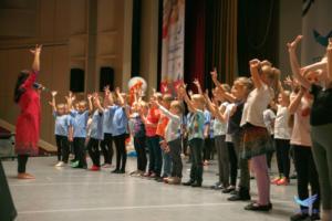 развивающие детские занятия, детская студия индийского танца, детская секция, занятия для детей, детская группа танца, индийские танцы детям, детская школа индийского танца, гимнастика ребенок, детская студия, детский танец, занятие ребенок, занятия для детей, индийские танцы для детей, развивающая детская группа, развитие ребенка, ребенок секция, ребенок хореография, танец школа, танцы для детей, танцы для детей 12 13 14 лет, танцы для детей 4 5 6 лет, танцы для детей 6 7 8 9 10 лет, школа танцев для детей, детская школа танца, эстетическое и физическое воспитание