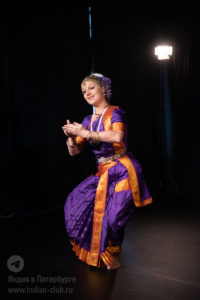 индийские танцы на праздник, индийская культура, индийский классический танец, заказать танец