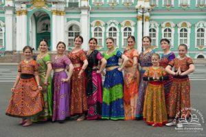 индийские танцы, Индийский танец, Индия в Петербурге, индийские костюмы петербург, индийские украшения, индийская вечеринка, индийское шоу, танец на праздник, артисты на праздник, Апсара, шоу-балет петербург, танцы заказать, купить танец, танцевать девушка, заказ танец, свадьба танец, живот танец, заказать танец живота, восточные танцы заказать, танцы на праздник, индийская фотосессия