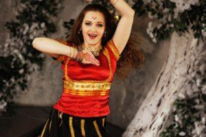восточные танцы на праздник, индийские танцы заказать, танец на праздник, танцовщицы заказ, индийское шоу спб, индийский танец заказ, шоубалет апсара, танец на свадьбу, танец на юбилей, детский день рождения, танцы на праздниках, танец на мероприятие Петербург